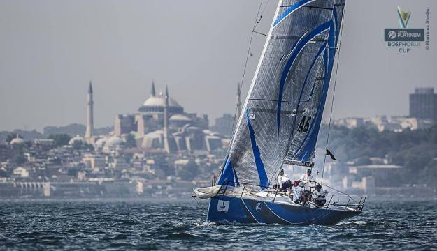TROFE GALİBİ - ARKAS SAILING TEAM
